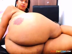 Showing Off Her Aggravation On Webcam