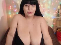 Natural tits fem fatale teasing her fans